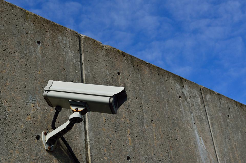Tips for Determining the Location of Security Cameras for Commercial Establishments