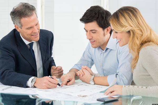 financialadvisorfriend_600x400