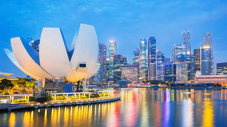 Doing Business in Singapore: 5 Things to Know Now