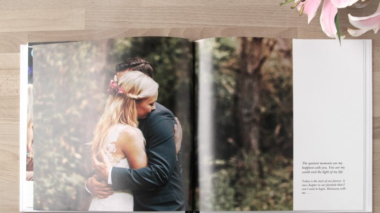 How to create own stunning wedding photo book