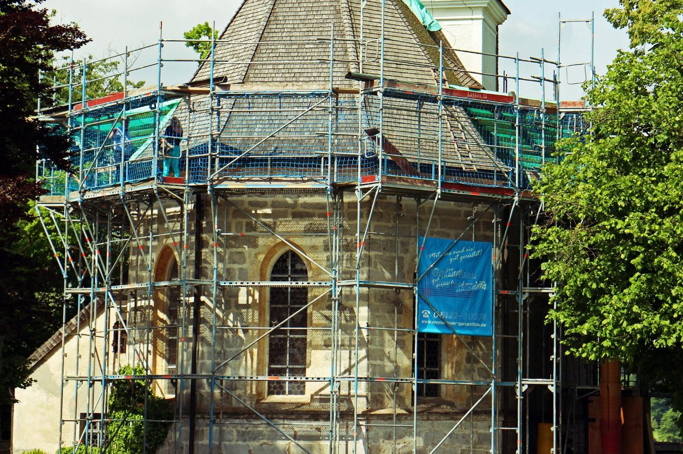 Hiring Scaffolding? How to Choose the Right Type of Scaffolding System
