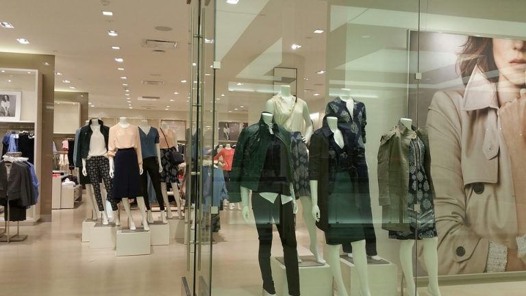 How to Make Your Retail Shop More Appealing to Customers