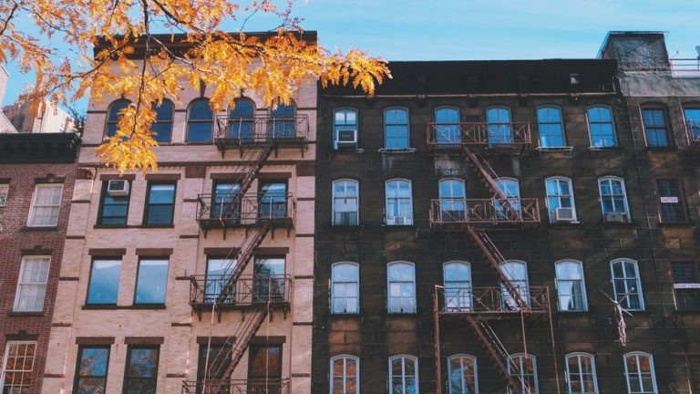 Top Tips When Moving into a New Apartment