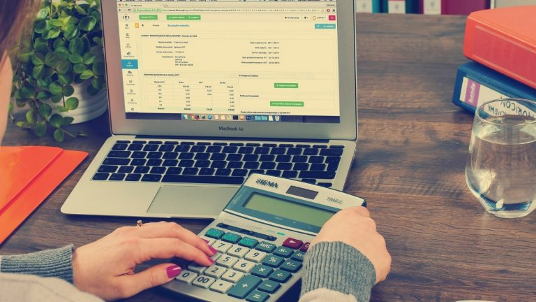 Top 4 Things You Must Consider Before You Hire an Accountant